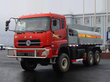 10方六驱万博手机版网页登录卡车-沙豹沙漠供水车